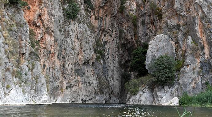 Antalya Konyaaltı'nın Saklı Güzelliği: Kapuz Kanyonu