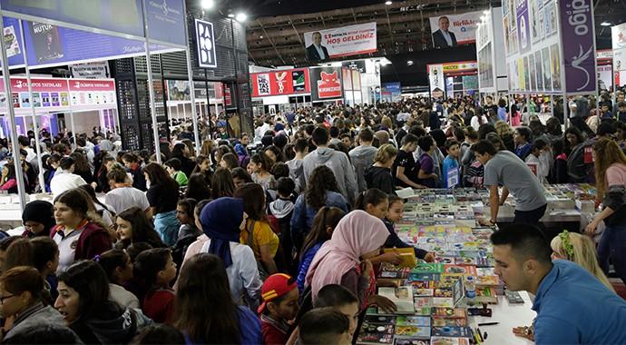 Antalya Kitap Fuarı'ndan Türkiye Rekoru