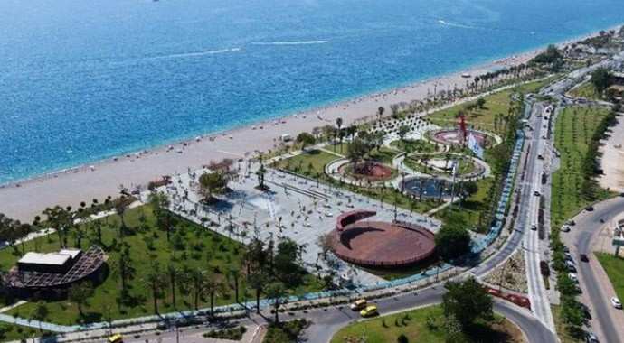 Antalya Büyükşehir Belediyesi Konyaaltı Sahil Projesi İhalesini İptal Etti