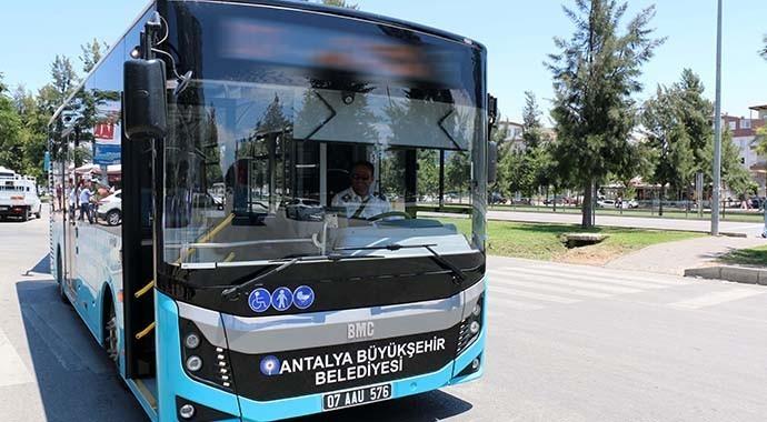 Antalya'da Ulaşımda Yeni Otobüs Hatları Oluşturuldu