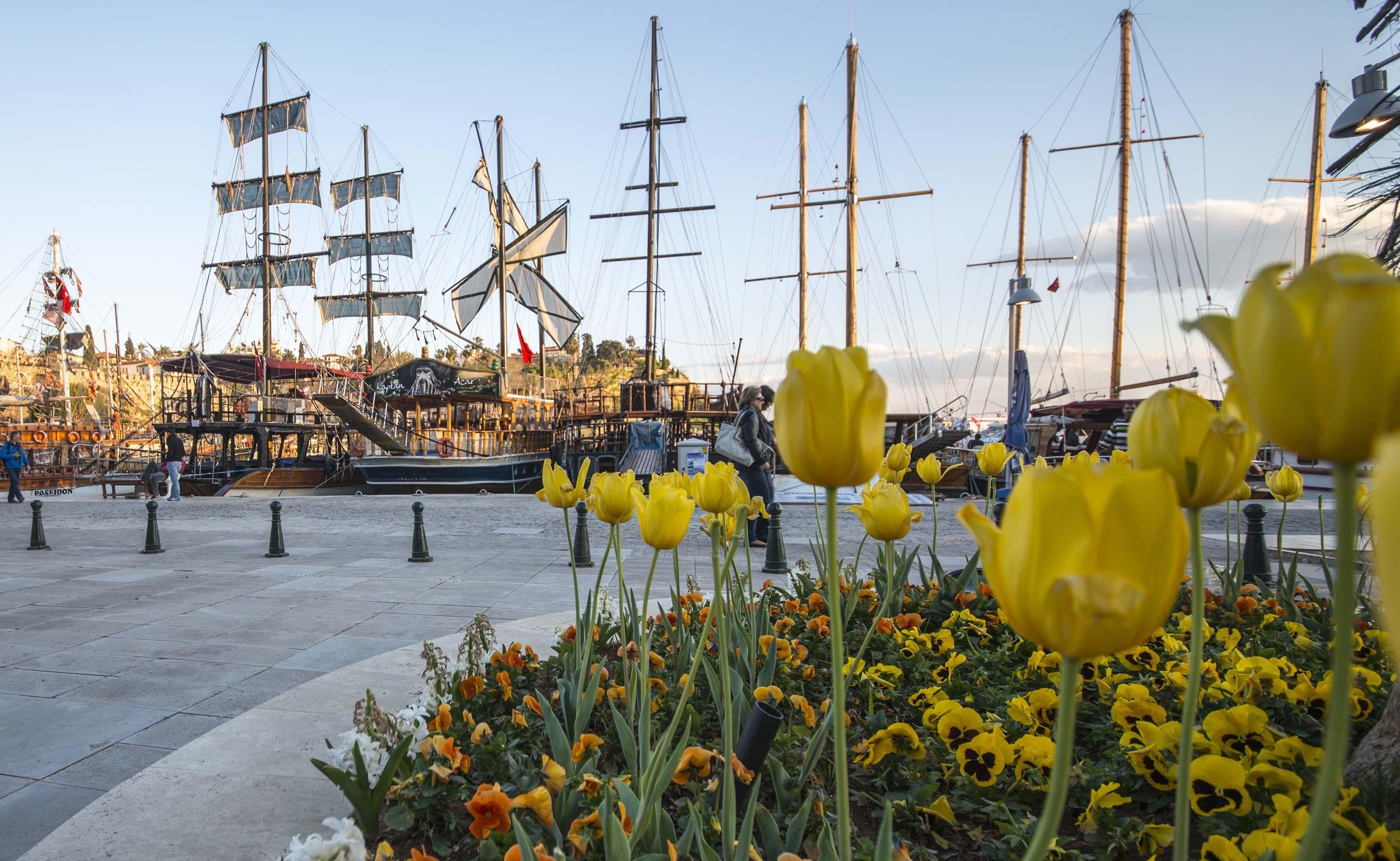 7 Maddede Antalya'da Bahar