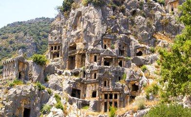 Antalya'da Mutlaka Ziyaret Edilmesi Gereken 7 Tarihi Yer