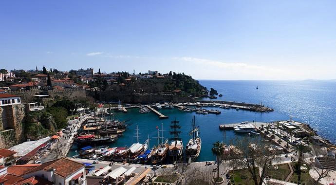 Yolda Görseniz Tanıyamayacağınız Sözde Tanıdıkları Antalya'da Gezdirebileceğiniz 7 Yer